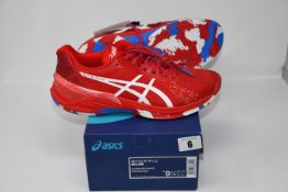 One pair of man's boxed as new Asics Sky Elite FF L.E trainers in classic red and white (UK 8.5).