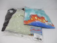 One as new Cactus Jack World Tye Die t-shirt size M. One as new Cactus Jack Cactus Trails t-shirt