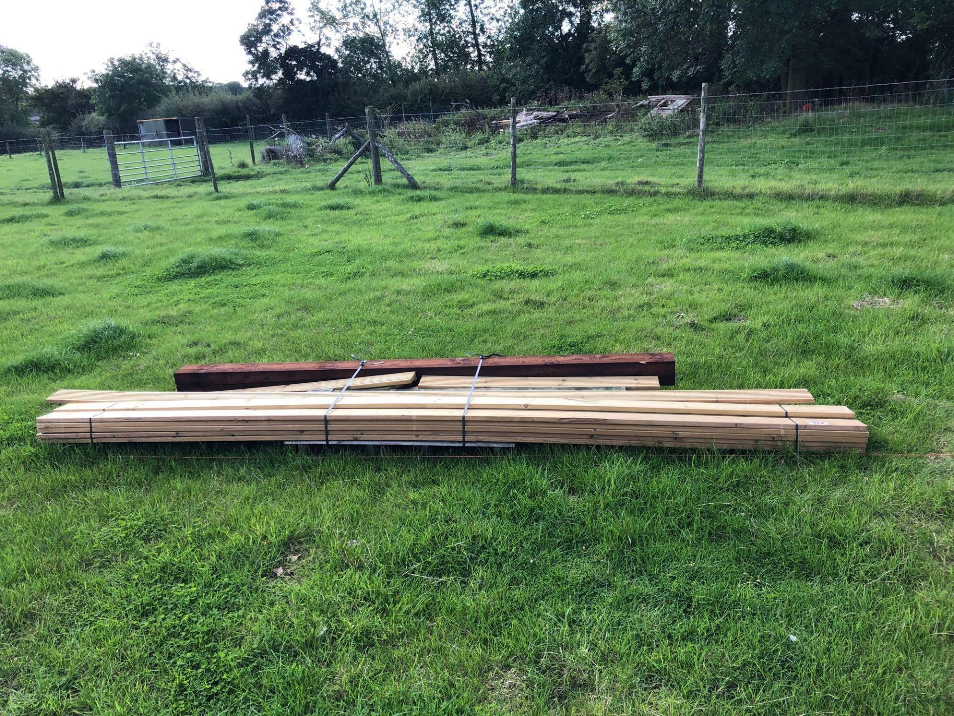 Lot 173 - *Quantity assorted timber. VAT Payable on this lot