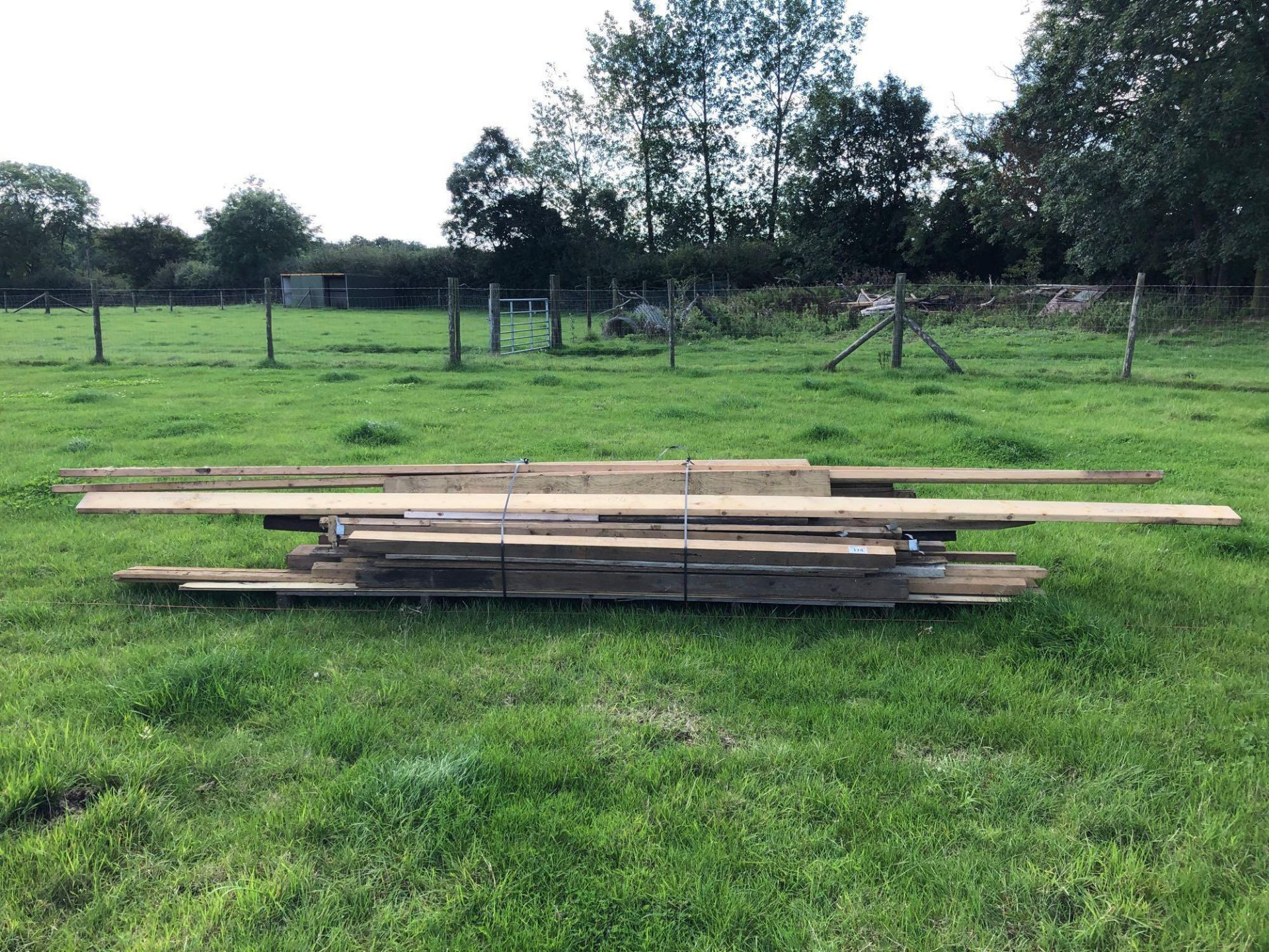 Lot 174 - Quantity assorted timber