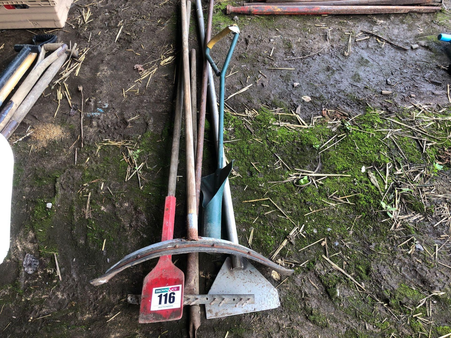 Lot 116 - Quantity assorted hand tools and spares