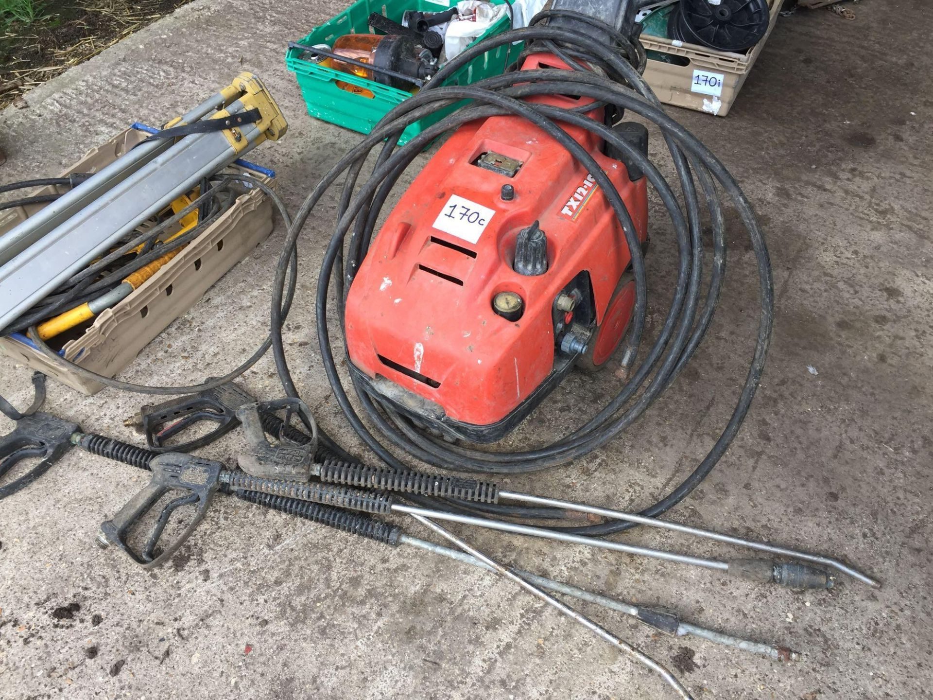 Lot 170c - TX12-100 pressure washer with lances