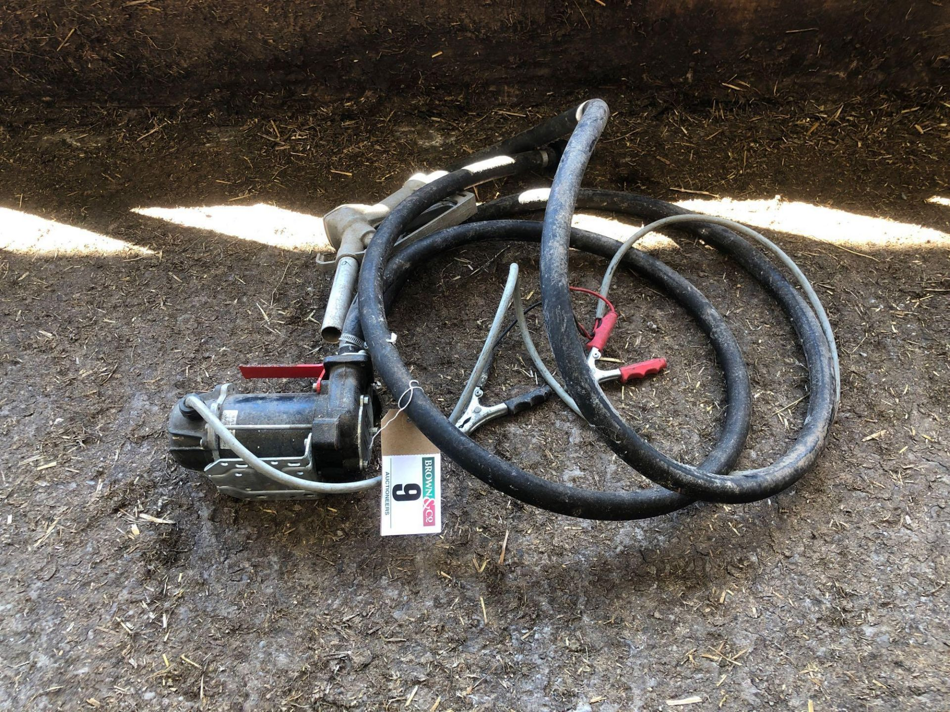 Lot 9 - Diesel pump, 12v