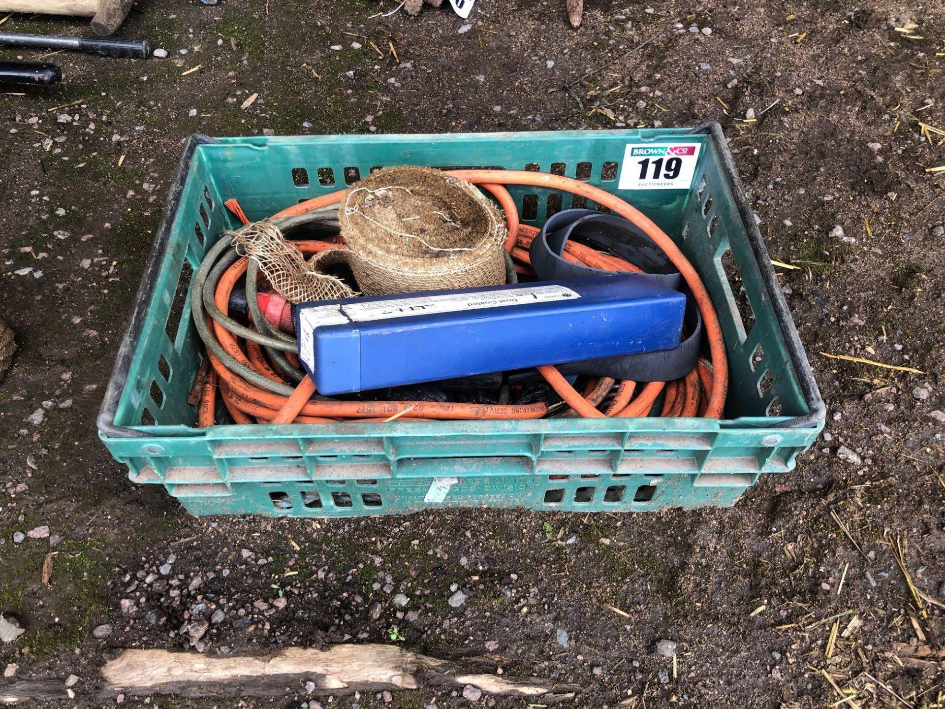 Lot 119 - Quantity welding cable