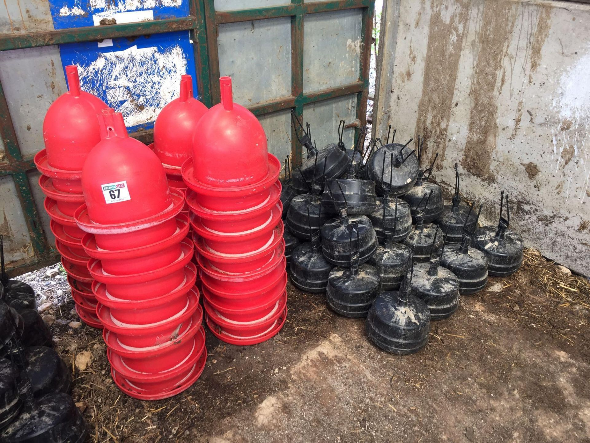 Lot 67 - Quantity poultry water drinkers and weights