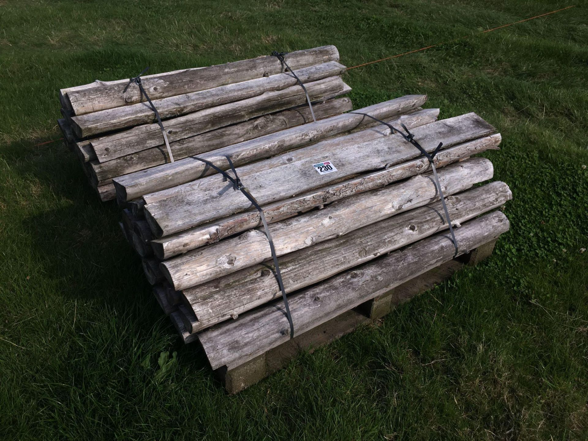 Lot 230 - Quantity assorted timber