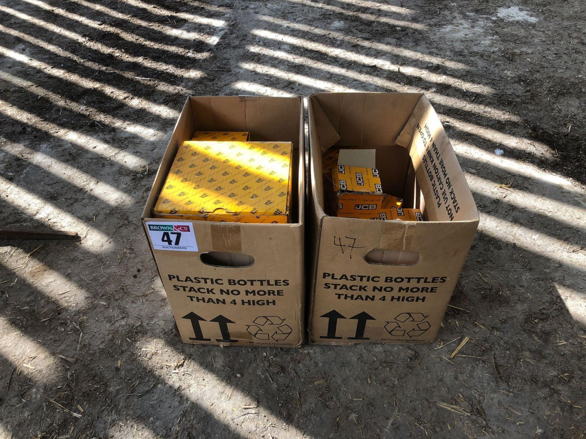 Lot 47 - Quantity JCB oil filters
