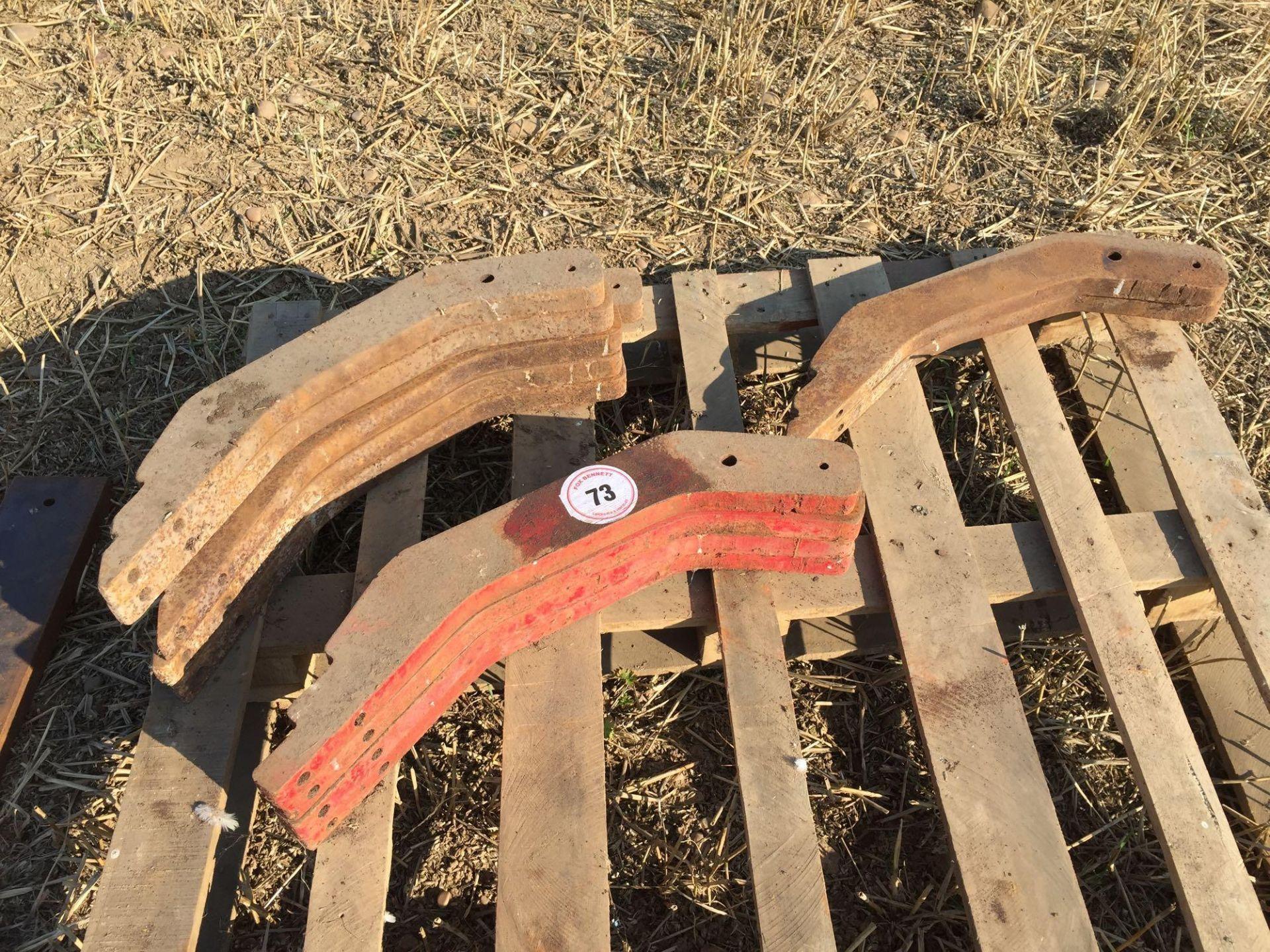 Lot 73 - Quantity small chisel plough legs (12)