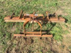 York rake for compact tractor 6' width, c/w optional grader bar & scarifying teeth (1 missing).