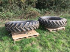 2 set row crop wheels for Class tractor. 14.9 R46.