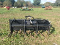 JCB MFG72 muck fork with top grab skid steer carriage 1.83m wide