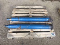 Pair of rams to fit 14t AS Marston trailer