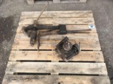 Blacksmiths vice and Angle drive gear box
