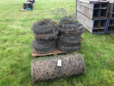 Quantity of barb wire and roll of wire