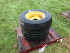 Pair 12.9-18 wheels and tyres