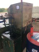Oil cabinet
