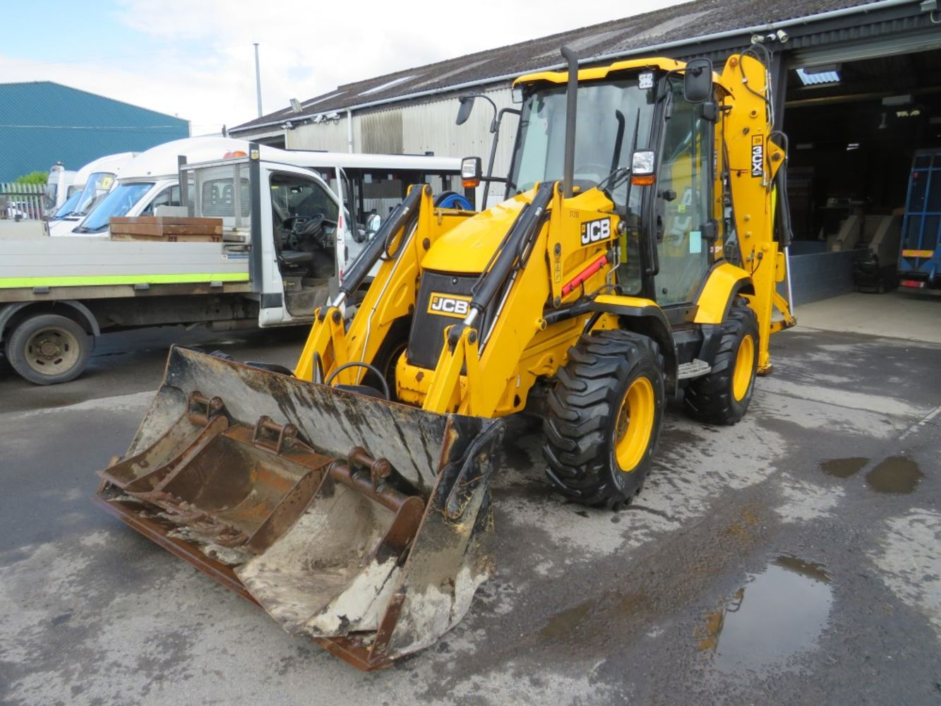 Plant & Machinery Auction, Direct council, Leasing companies, Trade & Private entries.