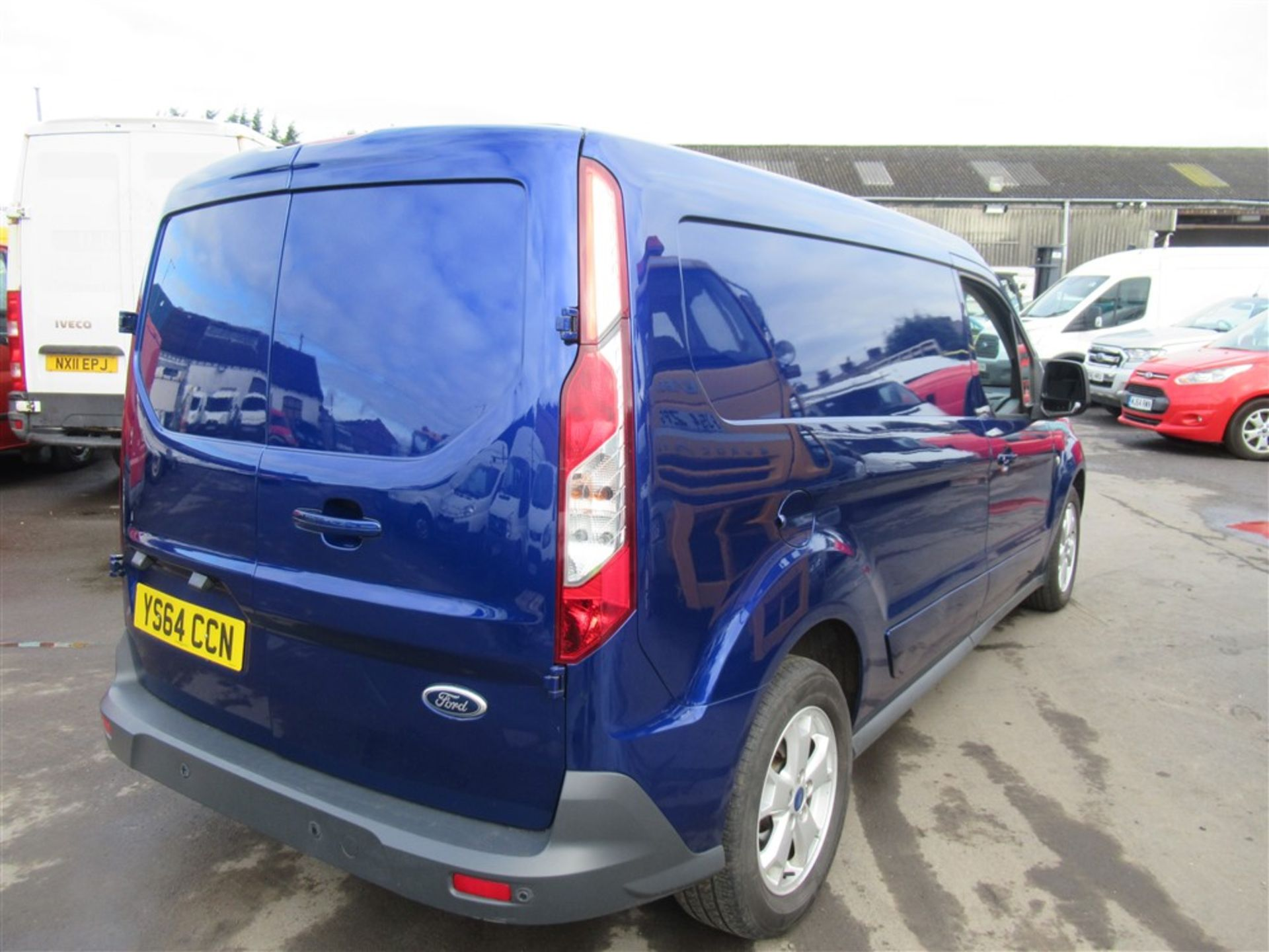 64 reg FORD TRANSIT CONNECT 240 LIMITED, 1ST REG 12/14, 128144M WARRANTED, V5 HERE, 1 OWNER FROM NEW - Image 4 of 7