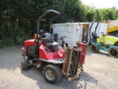 11 reg TORO LT3240 RIDE ON MOWER, 1ST REG 03/11, 2902 HOURS, V5 HERE, 1 FORMER KEEPER [NO VAT]