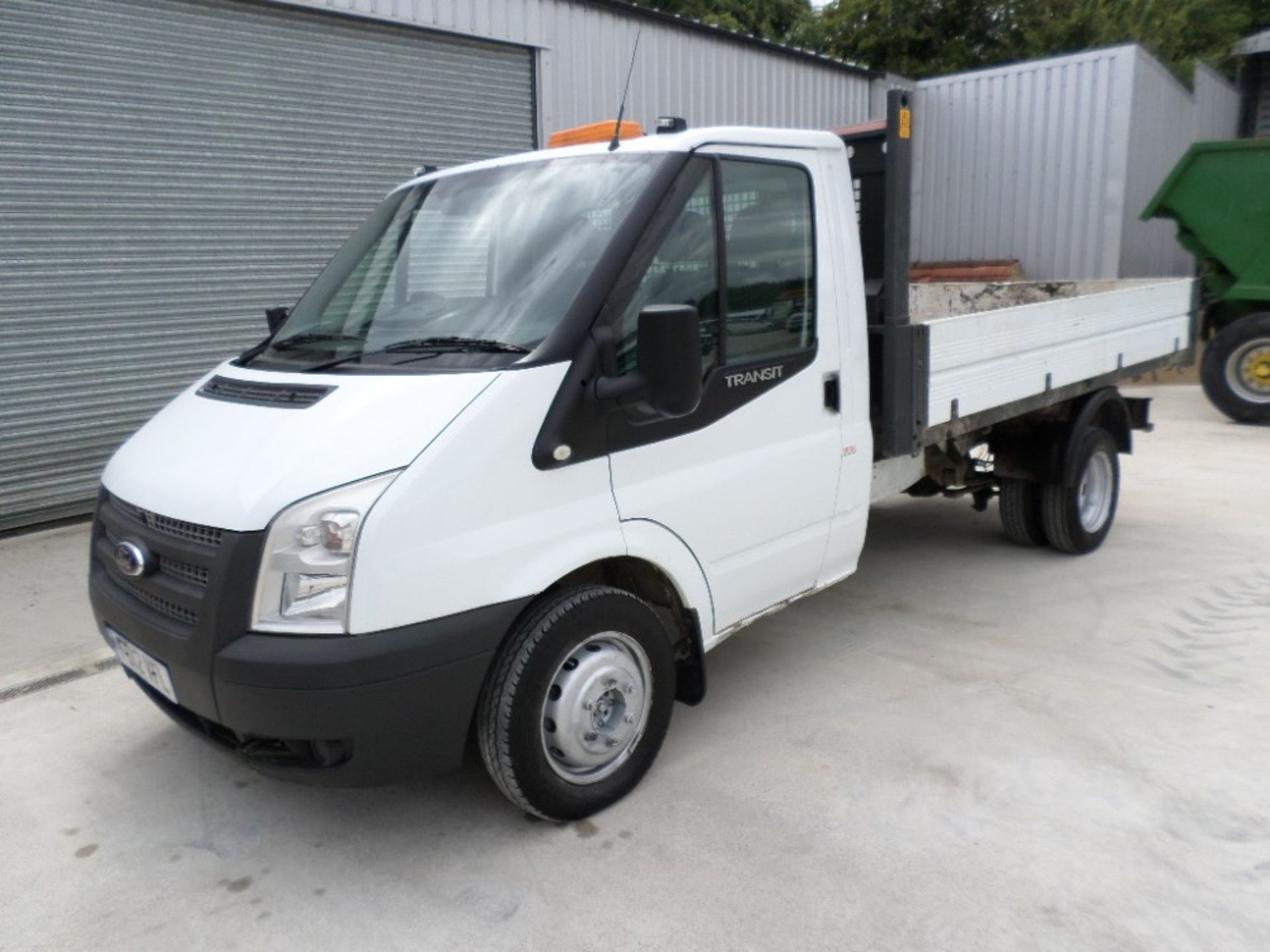 12 reg FORD TRANSIT 2.2 125 T340 MWB S/CAB TIPPER (LOCATION SHEFFIELD) 1ST REG 07/12, 130556M, V5