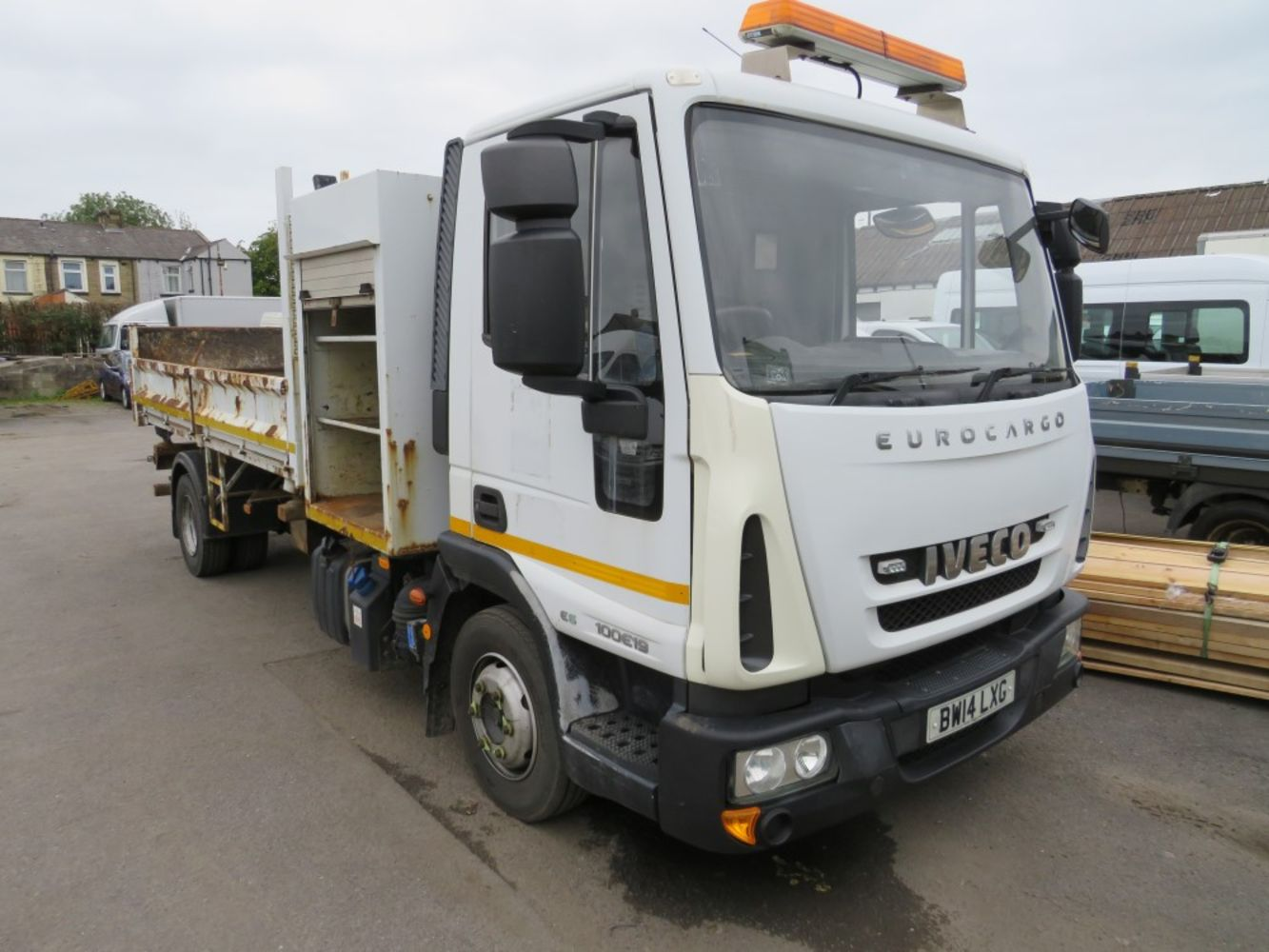Light Commercial, Car, HGV, Plant, Machinery & Tool Auction, Direct council, Leasing companies, Trade & Private entries.