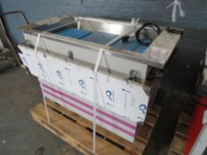 STAINLESS STEEL COMMERCIAL KITCHEN CHILLER (A) [+ VAT]