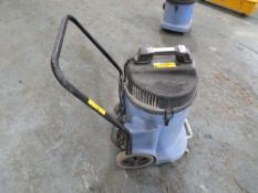 110V TWIN MOTOR WET & DRY VACUUM (DIRECT HIRE CO) [+ VAT]