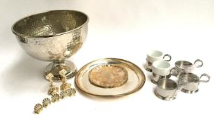 A mixed lot of plated and silver items to include a Carrs of Sheffield silver pin dish, plated