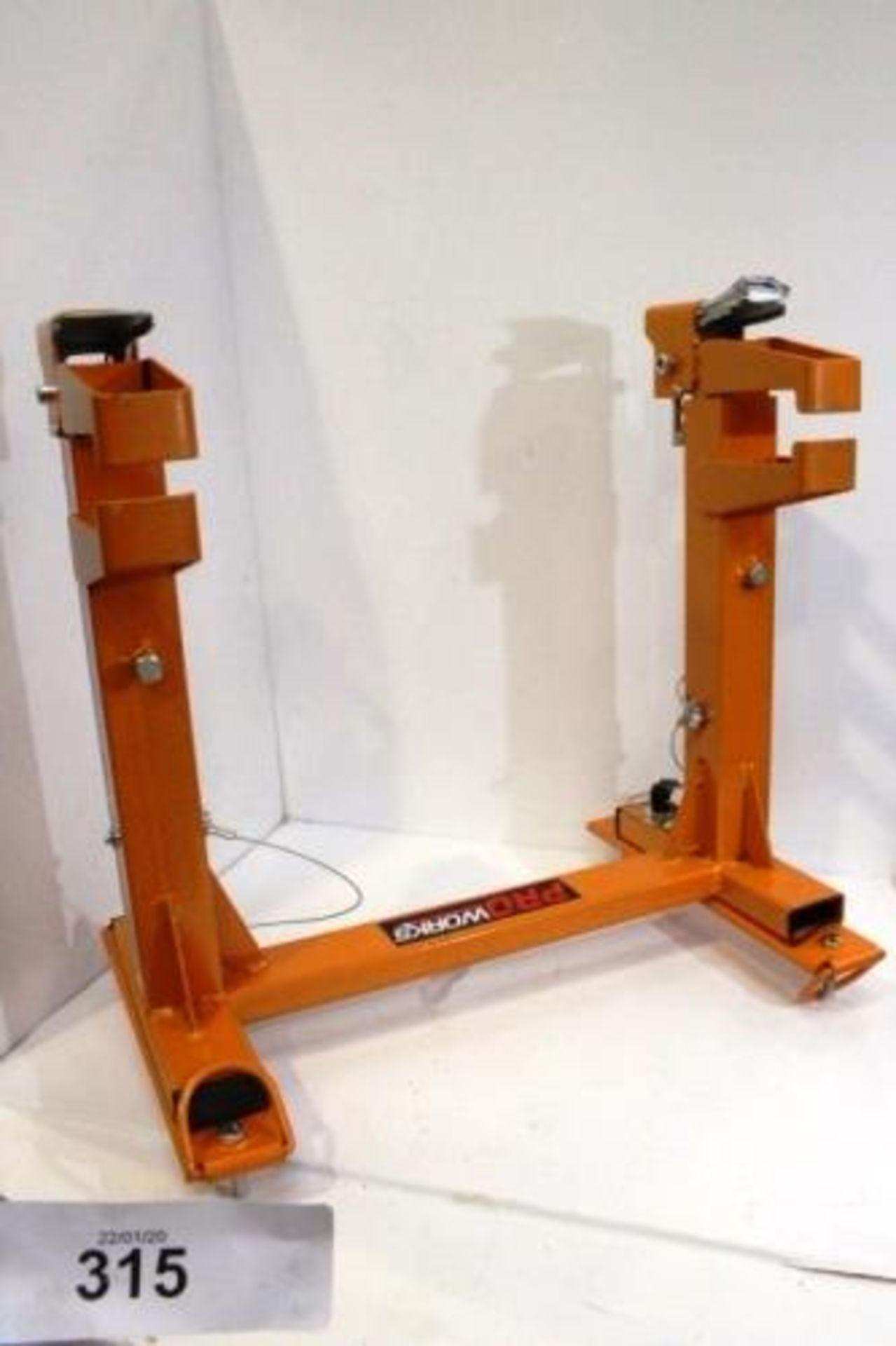 Lot 315 - 1 x Proworks orange quick release motorbike transport bracket - New (GS7end)
