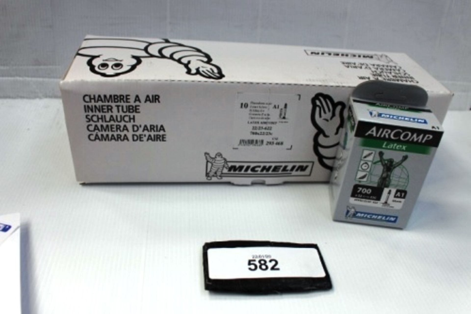 Lot 582 - 10 x Michelin Air Comp Latex 60mm 700 x 22/23C inner tubes - New in box (ES13)