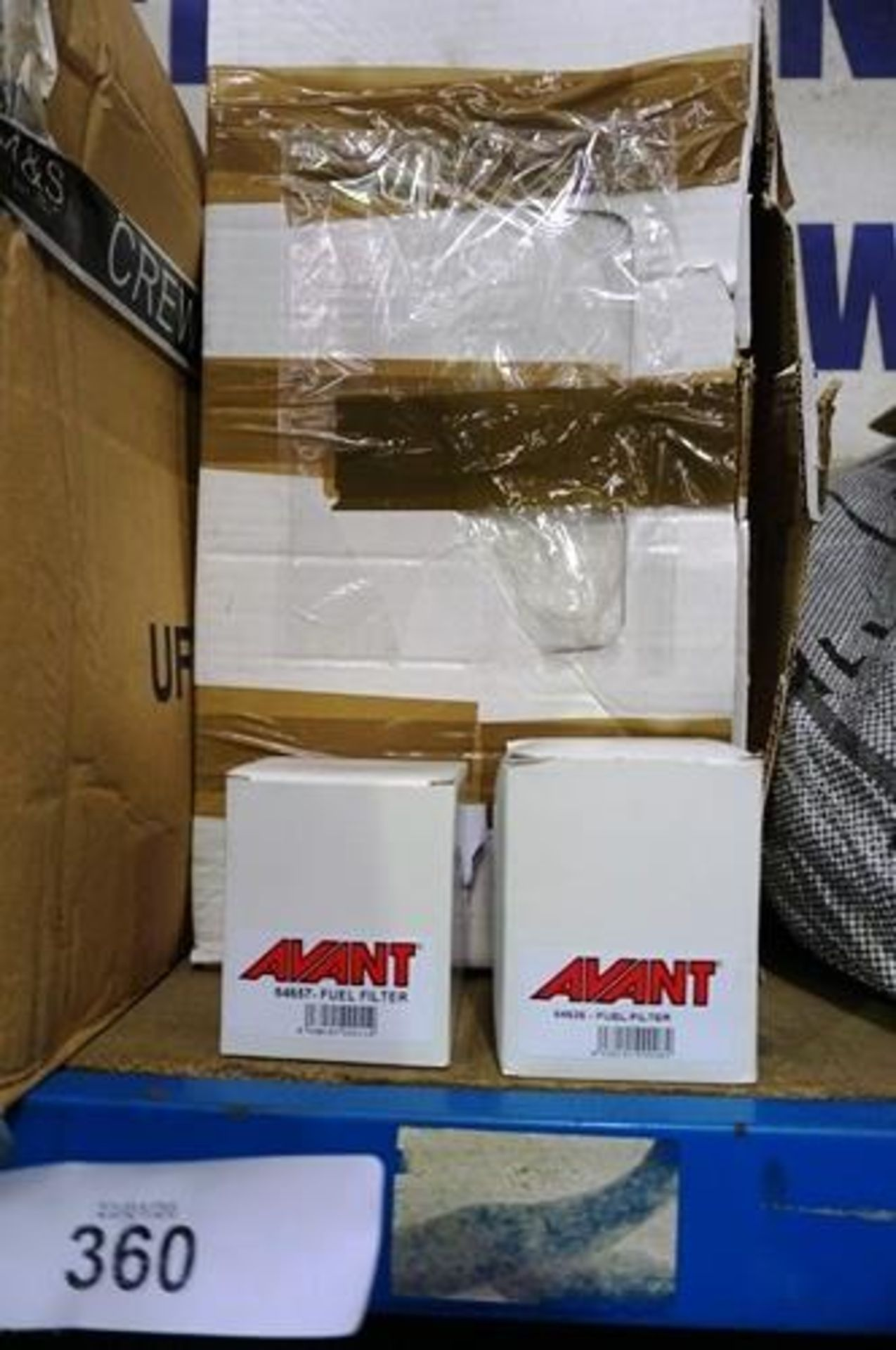 Lot 360 - A box of Avant filters, various models including air, oil and fuel etc. - New in box (GS11)