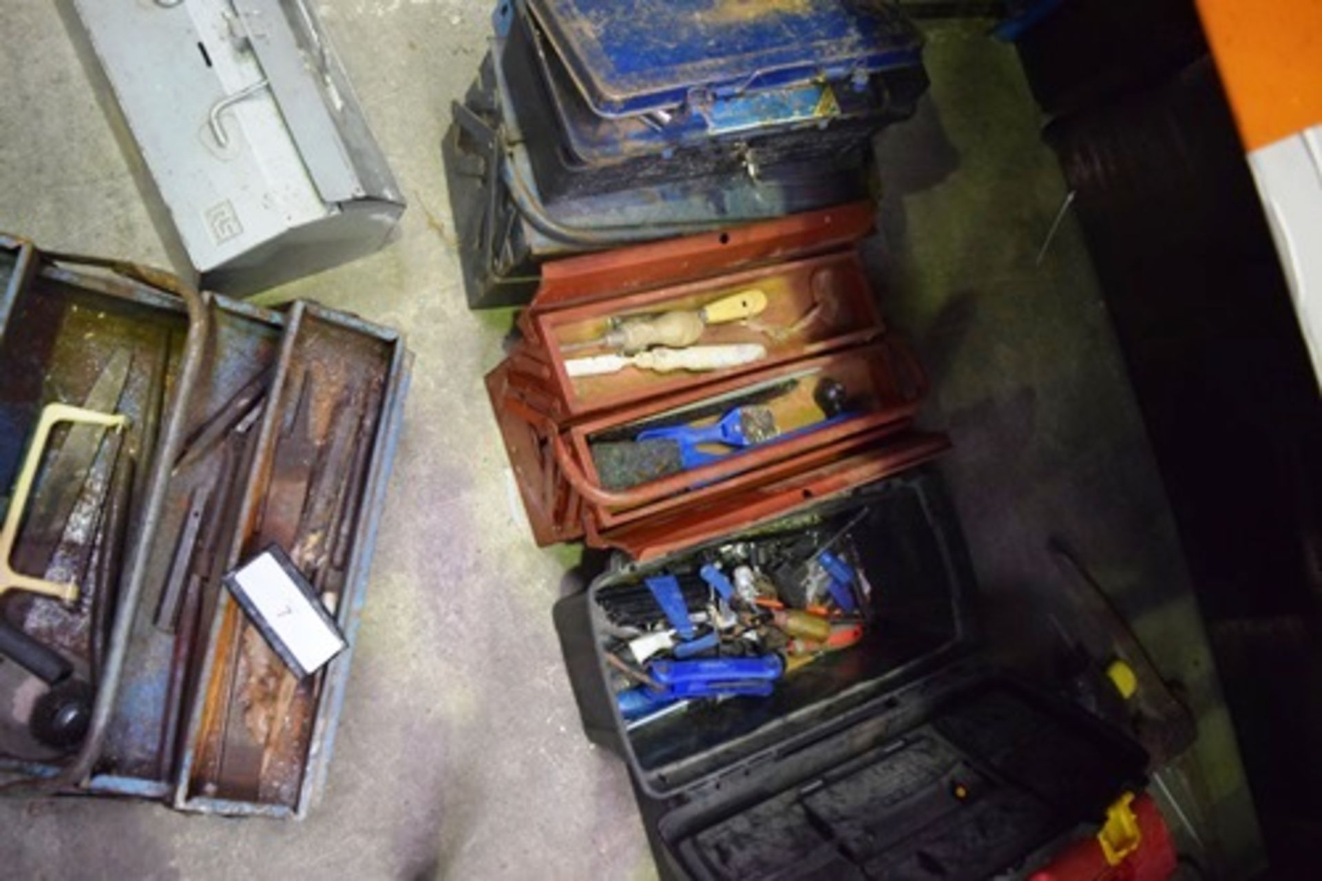 Lot 7 - 7 x assorted toolboxes including 3 x folding, contents included - Second-hand (GS14)