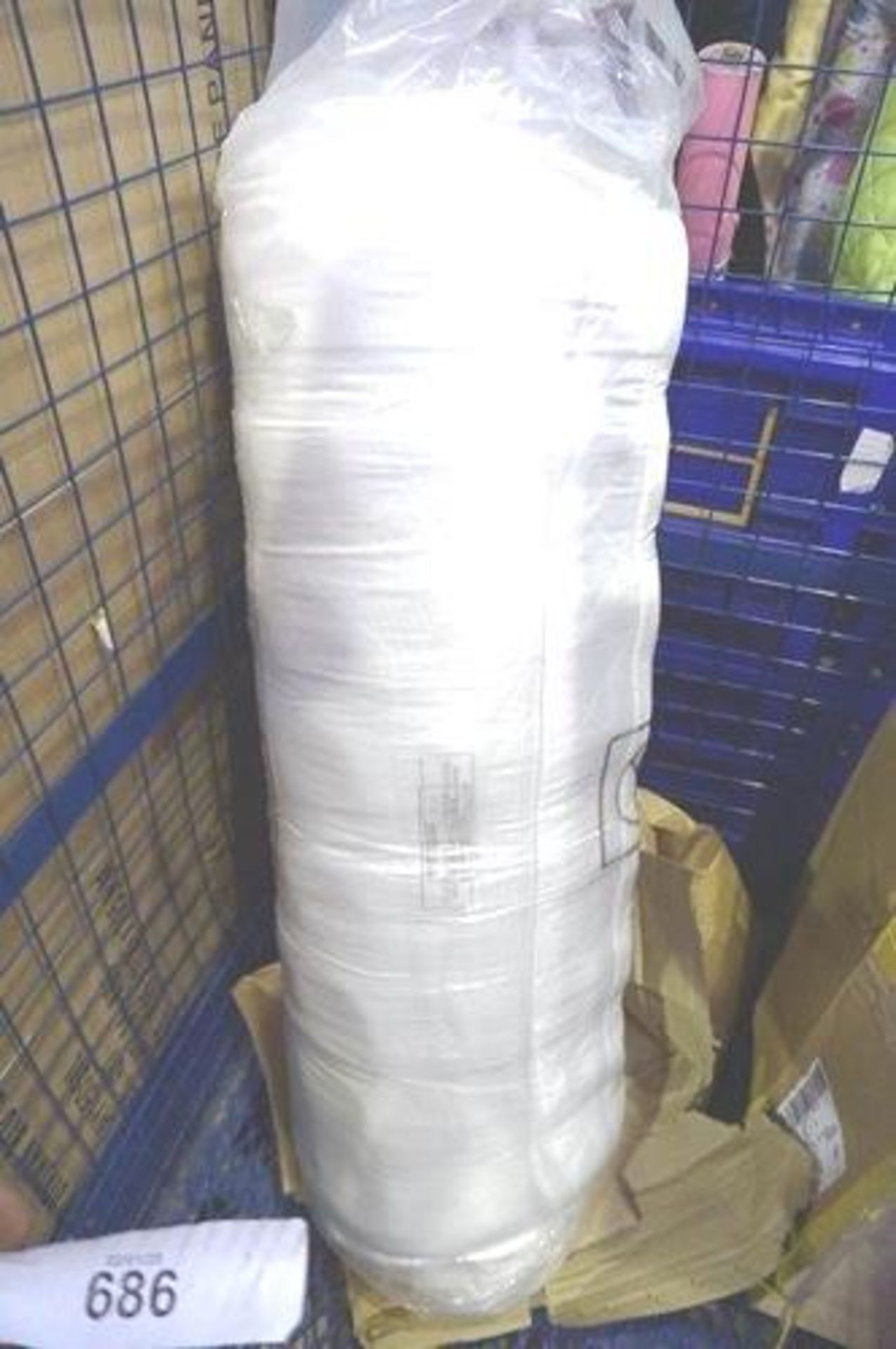 Lot 686 - 1 x unbranded single mattress - Sealed new (GSF10)