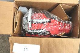 1 x Dirty Pro Tools petrol chainsaw, model YDMBH01-52, 2-stroke - New in box (TC8)