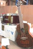 Lana Guitars Tribal Concert ukulele together with Maxwin drum casing - Second-hand (ES4)