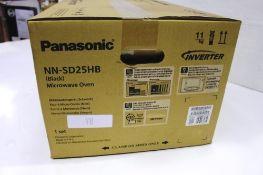A Panasonic black inverter microwave, model NN-SD25HB, 1000W - New in box (ES1)