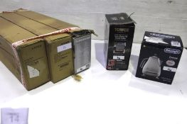 3 x Dunlop Teppanyaki electric grills, model 12044, together with Delonghi Icona kettle, model