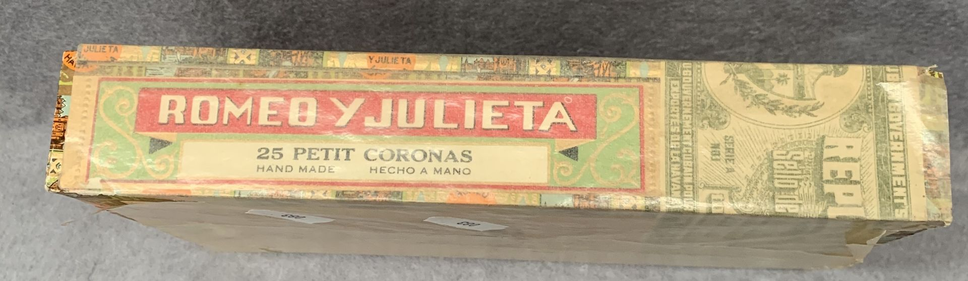 Lot 18 - A sealed box of Romeo Y Julieta Habana 25 Petit Coronas Cigars