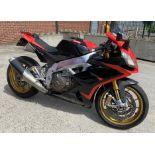 APRILIA RSV4 FACTORY A - PRC (999cc) MOTORCYCLE Reg No LJ63 WFR Rec Mil 10,597+ 1st Reg 07.09.