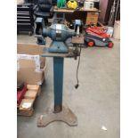 """A 7"""" double head pedestal grinder - 240v"""