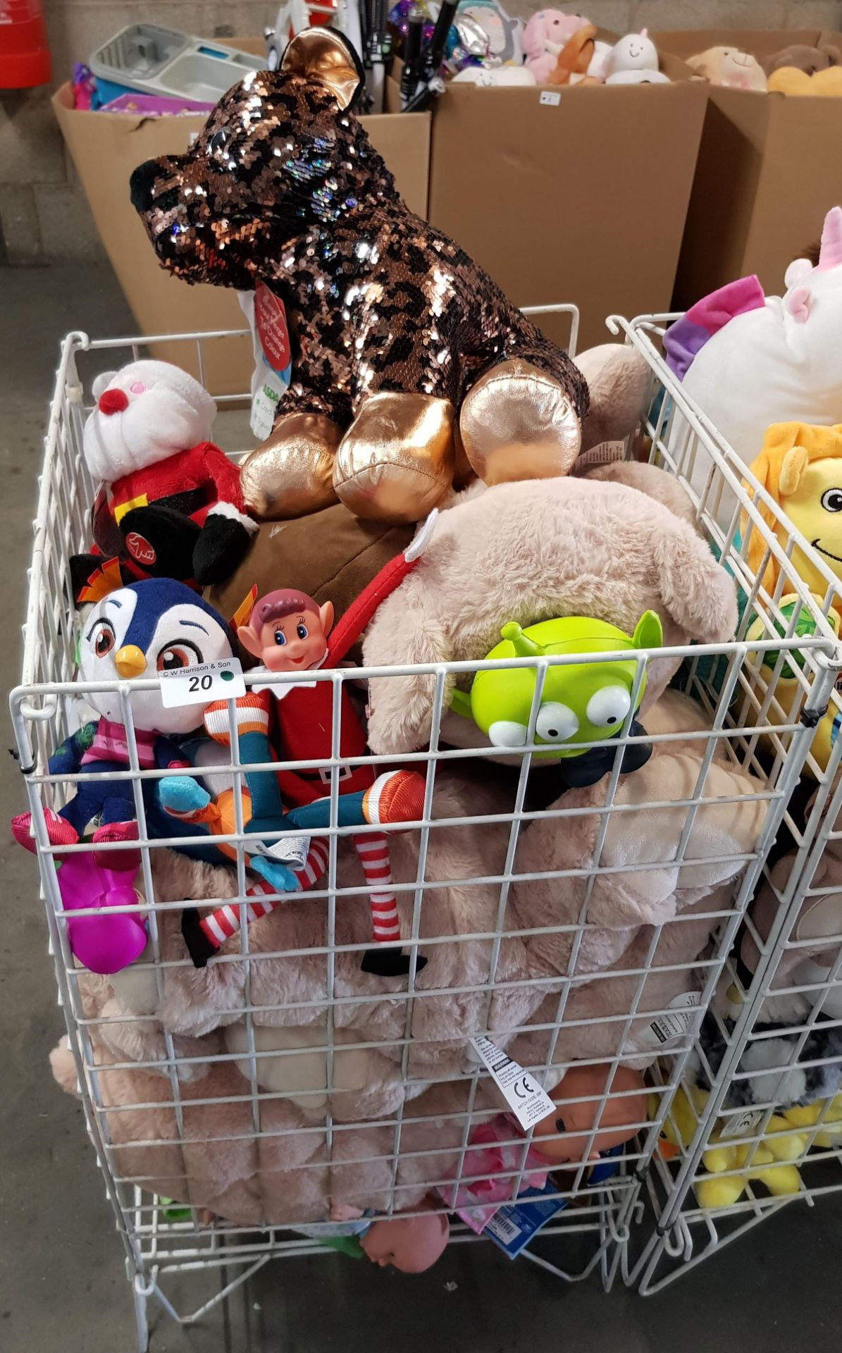 Lot 20 - CONTENTS OF CAGE - MIXED SOFT TOYS