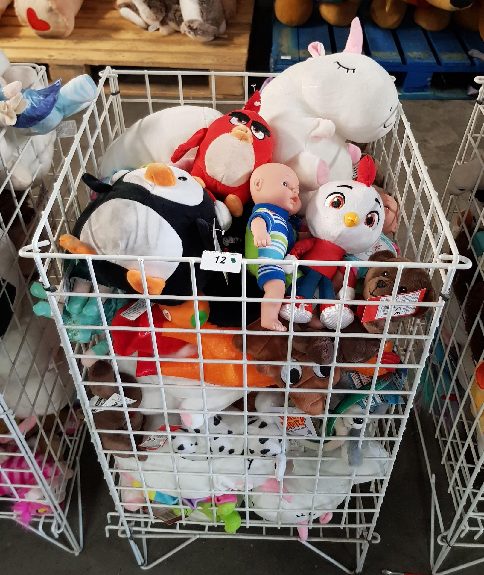 Lot 12 - CONTENTS OF CAGE - MIXED SOFT TOYS