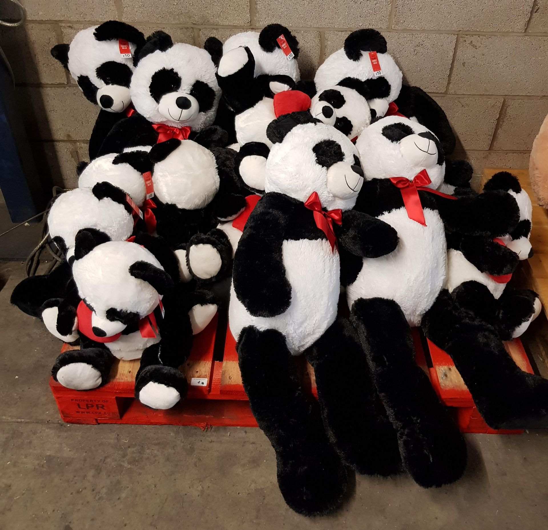 Lot 4 - CONTENTS OF PALLET - APPROX 17 x MIXED SIZE SOFT PANDAS