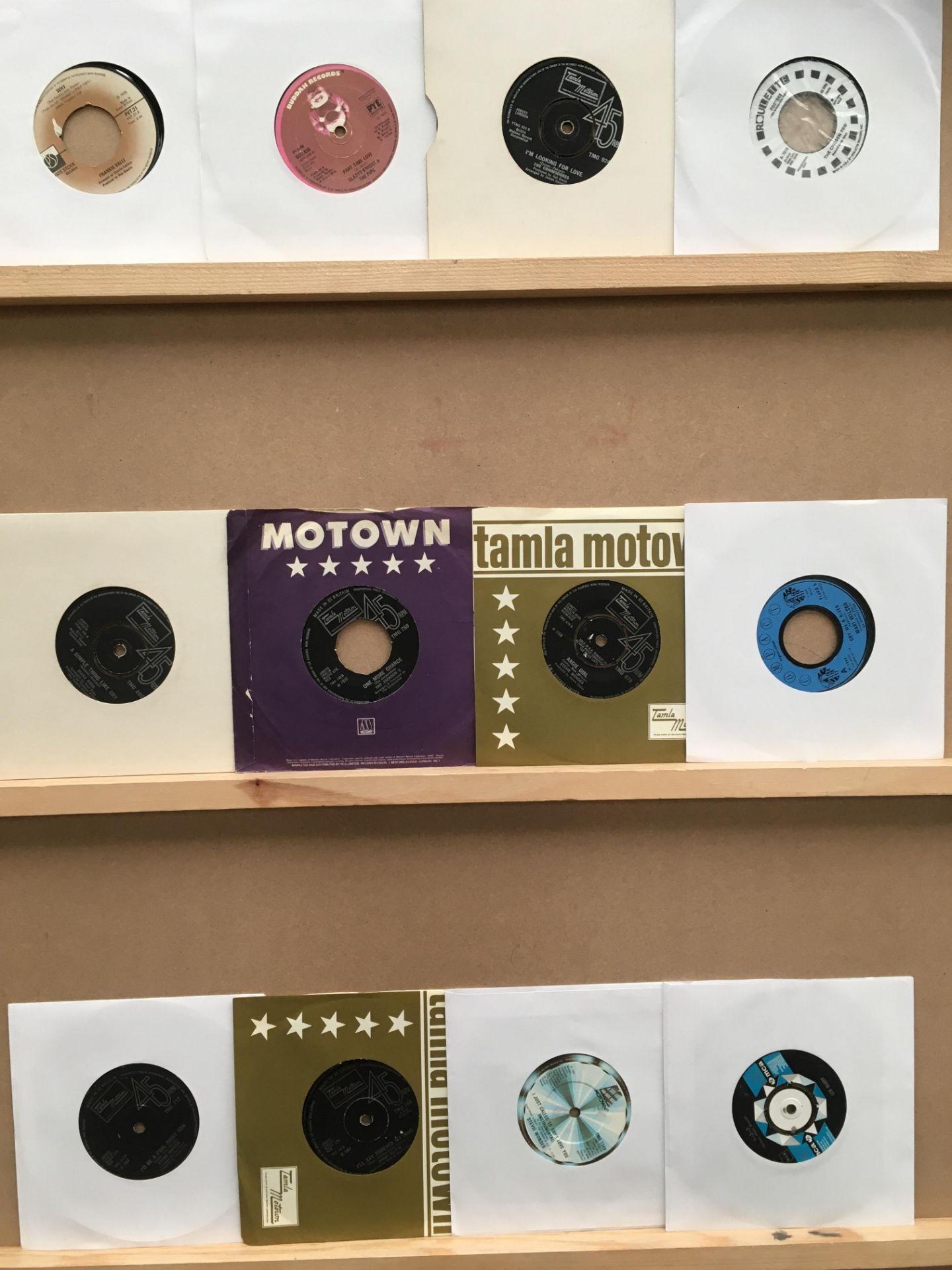 Lot 709 - Twelve 45rpm singles, Len Barrie, Stevie Wonder, Jimmy Ruffin, Mari Wilson and the Wilsations,