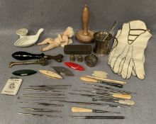 Contents to tray, a small silver tankard, pair of ladies gloves, small bisque figure (damaged),