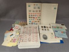 Contents to tray, World and GB stamps,