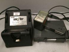 2 x items - Unicolor 352-2 uniroller and a Metz Mecablitz flash (Unicolor, Plug cut off,