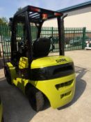CLARK CMP-15L gas forklift truck with sideshift Serial No: CMPL-0514-9596KF Cap: 1500kg Hours: