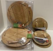 9 x assorted items - 3 x wooden Pizza Bo