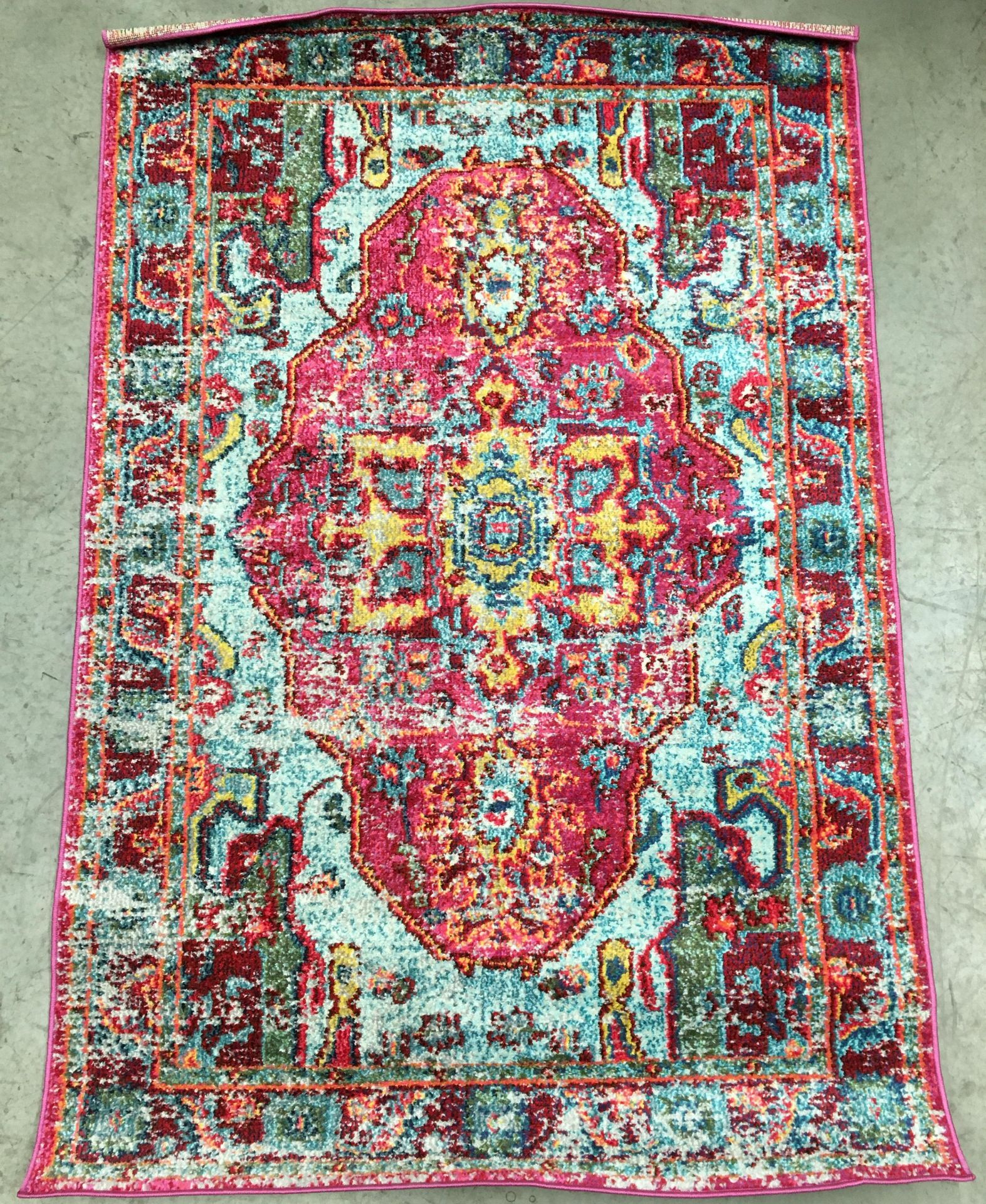 Lot 4 - A Casablanca KKCB11A multi coloured rug - 122cm x 183cm